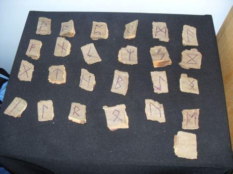 runes2.jpg